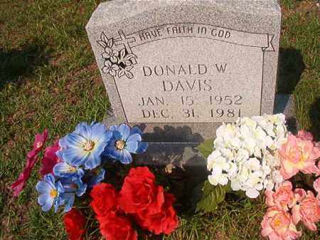 DAVIS, DONALD W - Union County, Arkansas | DONALD W DAVIS - Arkansas Gravestone Photos