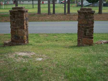 *FARMINGTON CEMETERY, OLD ENTRANCE GATE - Washington County, Arkansas | OLD ENTRANCE GATE *FARMINGTON CEMETERY - Arkansas Gravestone Photos