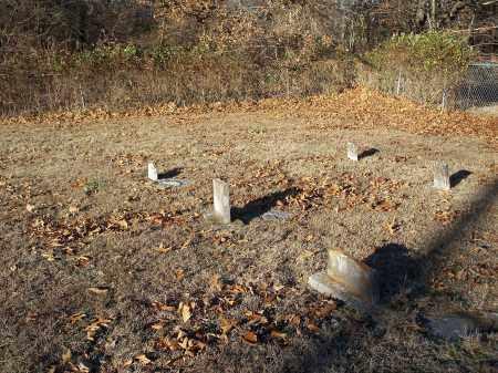 *KINNIBRUGH CEMETERY, NE CORNER BROKEN STONES - Washington County, Arkansas | NE CORNER BROKEN STONES *KINNIBRUGH CEMETERY - Arkansas Gravestone Photos