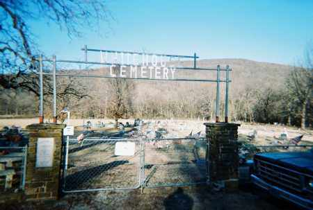 *WHITE HOUSE CEMETERY ENTRANCE,  - Washington County, Arkansas |  *WHITE HOUSE CEMETERY ENTRANCE - Arkansas Gravestone Photos