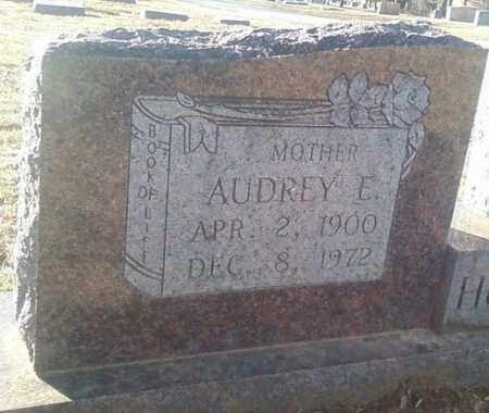 HUCKABEE, AUDREY E (CLOSE UP) - White County, Arkansas | AUDREY E (CLOSE UP) HUCKABEE - Arkansas Gravestone Photos