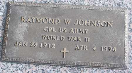 JOHNSON (VETERAN WWII), RAYMOND W - White County, Arkansas | RAYMOND W JOHNSON (VETERAN WWII) - Arkansas Gravestone Photos