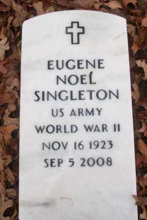SINGLETON (VETERAN WWII), EUGENE NOEL - White County, Arkansas | EUGENE NOEL SINGLETON (VETERAN WWII) - Arkansas Gravestone Photos