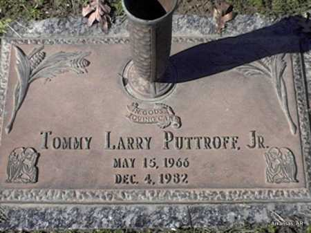 PUTTROFF  JR, TOMMY LARRY - Arkansas County, Arkansas | TOMMY LARRY PUTTROFF  JR - Arkansas Gravestone Photos
