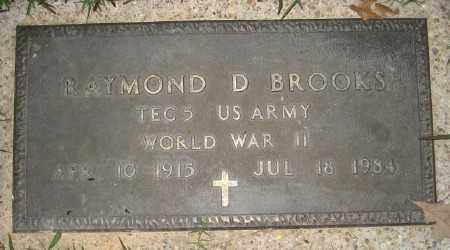 BROOKS (VETERAN WWII), RAYMOND D - Ashley County, Arkansas | RAYMOND D BROOKS (VETERAN WWII) - Arkansas Gravestone Photos