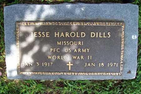 DILLS (VETERAN WWII), JESSE HAROLD - Benton County, Arkansas | JESSE HAROLD DILLS (VETERAN WWII) - Arkansas Gravestone Photos