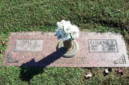 MCDANIEL, EUGENE F. - Benton County, Arkansas | EUGENE F. MCDANIEL - Arkansas Gravestone Photos