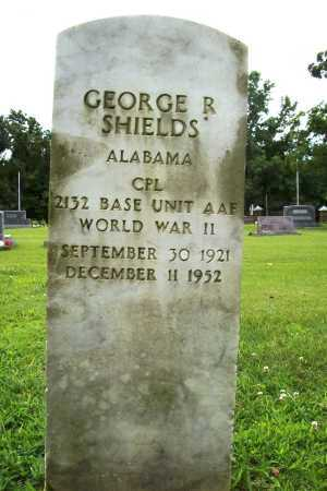 SHIELDS (VETERAN WWII), GEORGE R. - Benton County, Arkansas   GEORGE R. SHIELDS (VETERAN WWII) - Arkansas Gravestone Photos