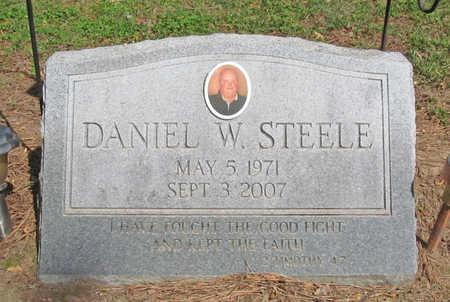 STEELE, DANIEL WAYNE - Benton County, Arkansas | DANIEL WAYNE STEELE - Arkansas Gravestone Photos