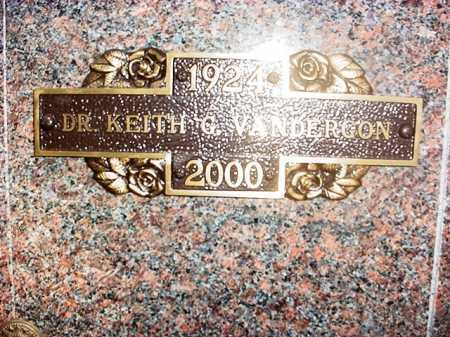 VANDERGON (VETERAN WWII), DR. KEITH G. - Benton County, Arkansas | DR. KEITH G. VANDERGON (VETERAN WWII) - Arkansas Gravestone Photos