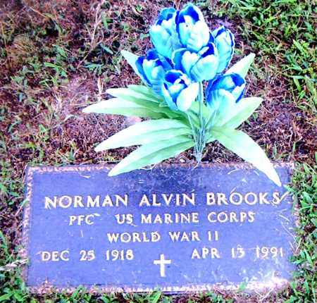 BROOKS  (VETERAN WWII), NORMAN ALVIN - Boone County, Arkansas | NORMAN ALVIN BROOKS  (VETERAN WWII) - Arkansas Gravestone Photos