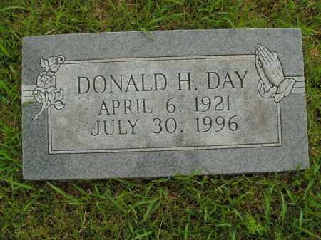 DAY, DONALD H. - Boone County, Arkansas | DONALD H. DAY - Arkansas Gravestone Photos