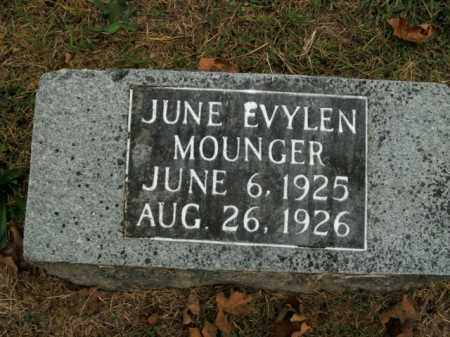 MOUNGER, JUNE EVYLEN - Boone County, Arkansas | JUNE EVYLEN MOUNGER - Arkansas Gravestone Photos
