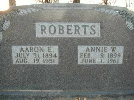 ROBERTS, ANNIE W. - Boone County, Arkansas | ANNIE W. ROBERTS - Arkansas Gravestone Photos
