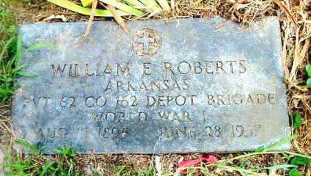 ROBERTS  (VETERAN WWI), WILLIAM E - Boone County, Arkansas | WILLIAM E ROBERTS  (VETERAN WWI) - Arkansas Gravestone Photos