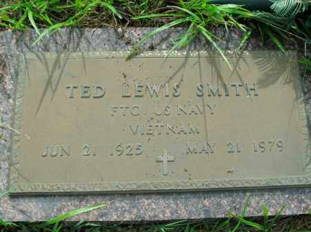 SMITH  (VETERAN VIET), TED LEWIS - Boone County, Arkansas | TED LEWIS SMITH  (VETERAN VIET) - Arkansas Gravestone Photos