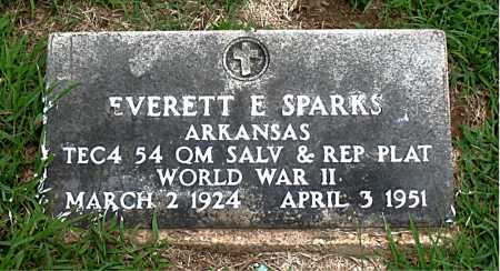 SPARKS  (VETERAN WWII), EVERETT E - Boone County, Arkansas | EVERETT E SPARKS  (VETERAN WWII) - Arkansas Gravestone Photos