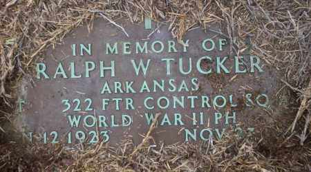 TUCKER  (VETERAN WWII), RALPH W - Calhoun County, Arkansas | RALPH W TUCKER  (VETERAN WWII) - Arkansas Gravestone Photos