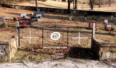 *SISCO CEMETERY GATE,  - Carroll County, Arkansas |  *SISCO CEMETERY GATE - Arkansas Gravestone Photos