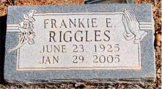 RIGGLES, FRANKIE E. - Carroll County, Arkansas | FRANKIE E. RIGGLES - Arkansas Gravestone Photos