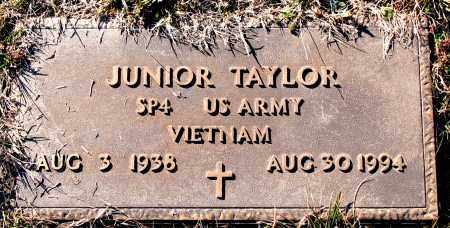 TAYLOR  (VETERAN VIET), JUNIOR - Carroll County, Arkansas | JUNIOR TAYLOR  (VETERAN VIET) - Arkansas Gravestone Photos