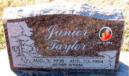 TAYLOR, JUNIOR - Carroll County, Arkansas | JUNIOR TAYLOR - Arkansas Gravestone Photos